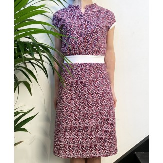 Dress with a leaf pattern...